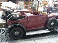 Ретро-автомобиль в Праге