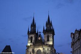Прага. Тынский храм на Староместской площади