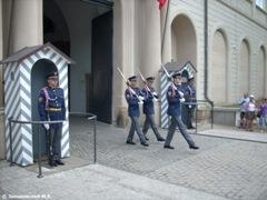 Торжественная церемония смены караула у ворот Пражского Града