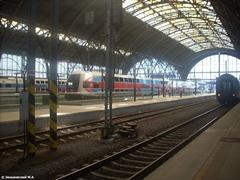 Главный железнодорожный вокзал в Праге (чеш. Hlavní nádraží)