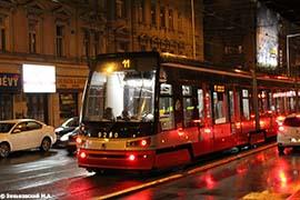 Прага. Трамвай модели Škoda 15T (Škoda ForCity), производства Škoda Holding