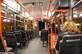 Прага. Трамвай Tatra с выходом на обе стороны